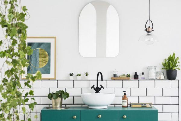 Banheiro tropical decorado